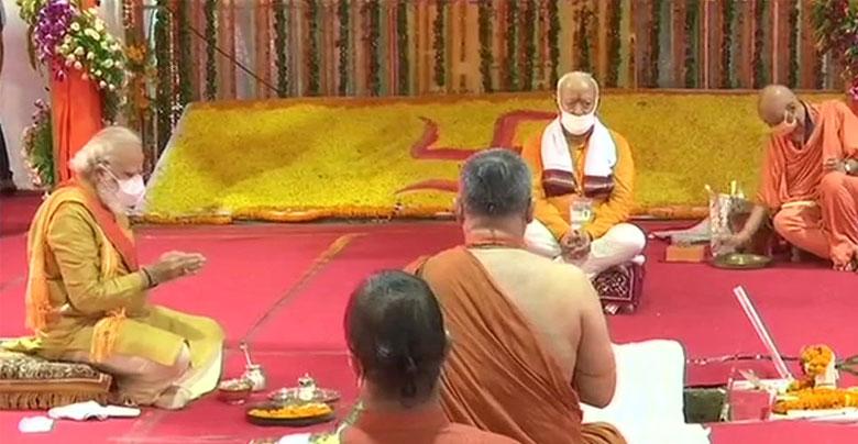 29 साल बाद मोदी ने किया अपना वादा पूरा, रखी रामलला के मंदिर की नींव