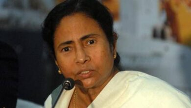Mamta Banerjee got a shocking news before the final phase of elections