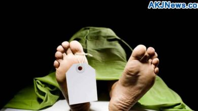 Girl got married with lover's dead body in West Bengal