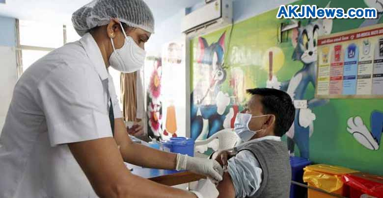 vaccination ofcovid 19 - people who are taking vaccines will get reward