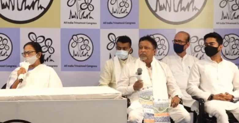 mukul roy and his son joined tmc