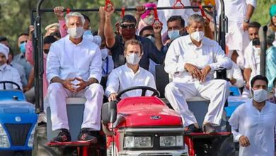 Rahul-gandhi-was-driving-tractor