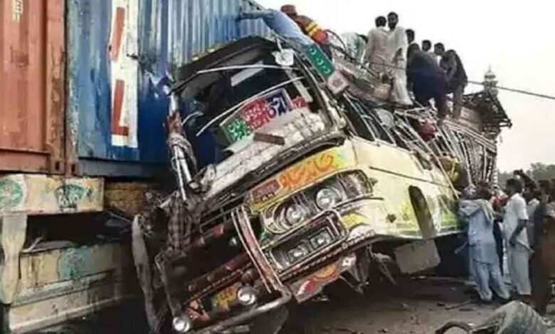 road-accident-in-pakistan