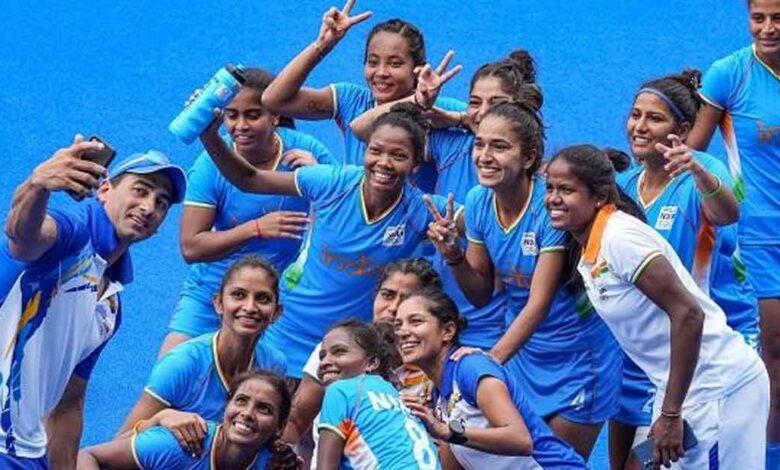 Indian-women's-hockey-team