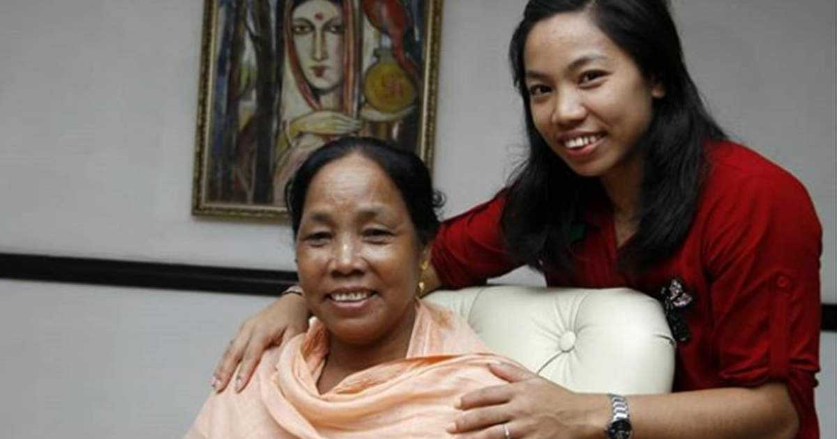mirabai chanu and her mother