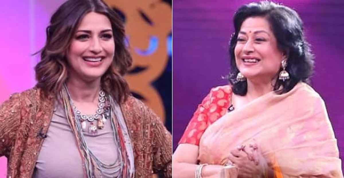 sonali-bendre-and-moushumi-chatterjee